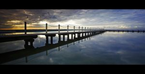 Narrabeen Pool by Sun-Seeker