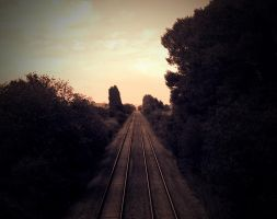 train tracks by luisharding