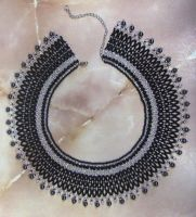 Black and silver bead netted collar by ladytech