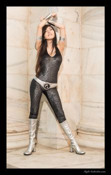 Donna Troy by surfingthevoiid