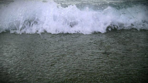 Shore waves by Jow02