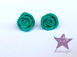 Rose Stud Earrings by missbeautifool