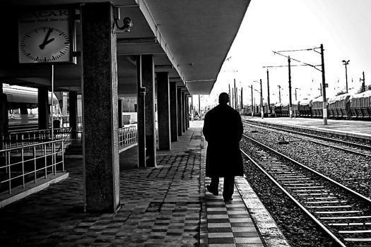 .:Train Station:. by pigarot