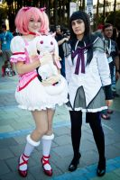 Madoka and Homura - Wondercon by EriTesPhoto