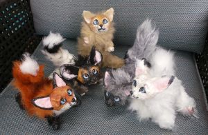 Itty Bitty Foxy Commitee Posable Art Dolls by Eviecats