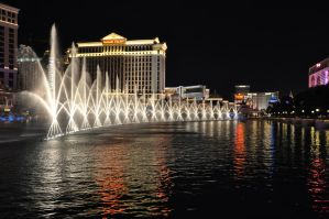 Bellagio Fountains by avirama85
