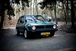 Golf 1 Color photo. by ischaa