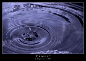Droplet by BigglesZX