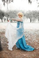 Queen Elsa by Feelyah