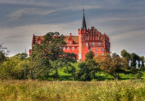 The Red Castle by littleriverqueen