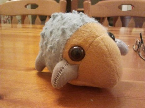 Leaba the bed bug/hedgehog by Mudley