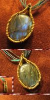 Labradorite Pendant by Windthin