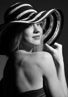 Alice in Vintage Hat by vishstudio
