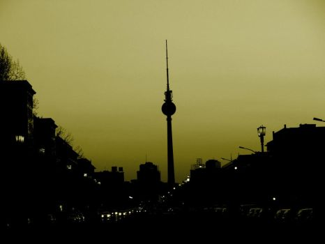 Berlin by Night by mathis