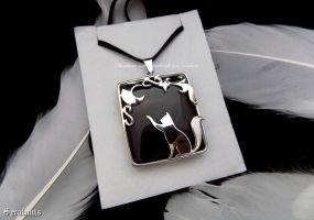 'Under the moonlight', sterling silver pendant by seralune