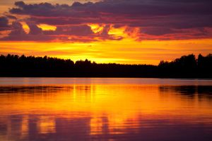 Colorful sunset on the Suontee by khmaria
