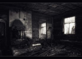Nobody home anymore by wchild