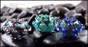 Urchins - Glass Lampwork Beads by andromeda