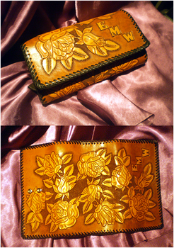Aishuus Lovely Wallet by anjuw87
