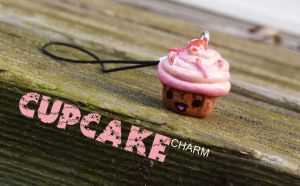 Cupcake Charm by Adonica