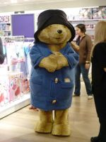 Paddington Bear in Oxford Street by ggeudraco
