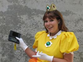 Fanime 2010 - Princess Daisy 5 by Cosphotos