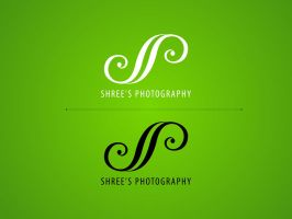 Shree's Photography logo by orioncreatives