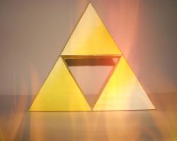 TRIFORCE PAPERCRAFT by 8Inch