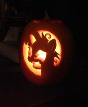 Crazy Twi-O'-Lantern by SilverTailWuf