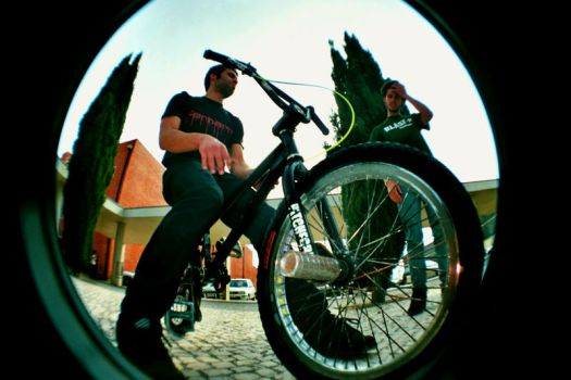 let's ride :: fisheye series by reversibilidade
