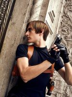 Leon S. Kennedy Resident Evil 4 Cosplay by AxelKennedy1993