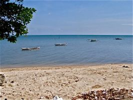 BeACH: boats line up by jycll