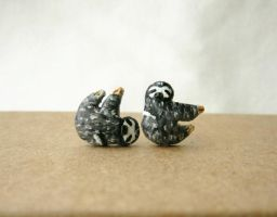 Sloth stud earrings by FlowerLandBySaraMax
