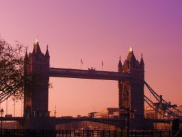 Tower Bridge. by MyInnerArtist