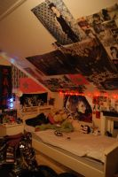 Meh Room 12-2010 x3 by Lillgoban