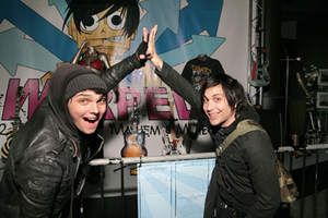 Frank Iero and Gerard Way by frank-iero-is-my-luv