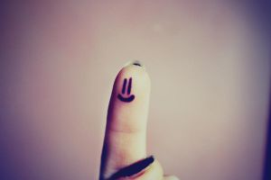 I smile at my fingers by Vaguely-psychedelic