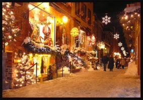 Old Quebec Christmas by Dintain