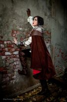 Assassin's Creed 2 Ezio Cosplay by Luxxurious