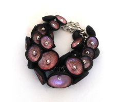 Charm bracelet.Leather pod by julishland