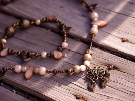 Flower Necklace 3 by rachiesroom
