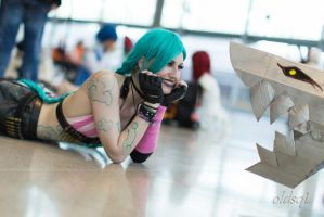 Jinx the loose cannon by AllyZombieface