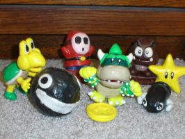 Assorted Nintendo Characters$$ by Whitey594