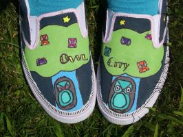 Owl City Shoes by albino-grapejuice