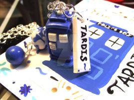 Clay TARDIS by funkypinkgal