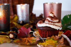 Autumn-Chestnut-Cupcakes by Cailleanne