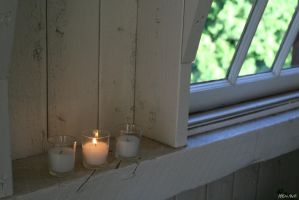 Candlelight  3 by Doumanis