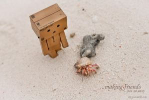 Danbo - Making Friends by white---butterfly