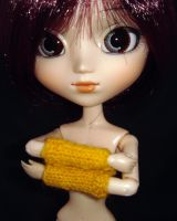 Wool muff for Pullip by kivrin82