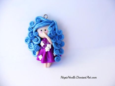 Blue haired flat figure doll by HopieNoelle